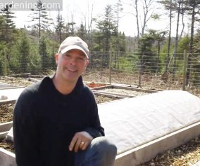 Easy DIY Hoop House with Greg